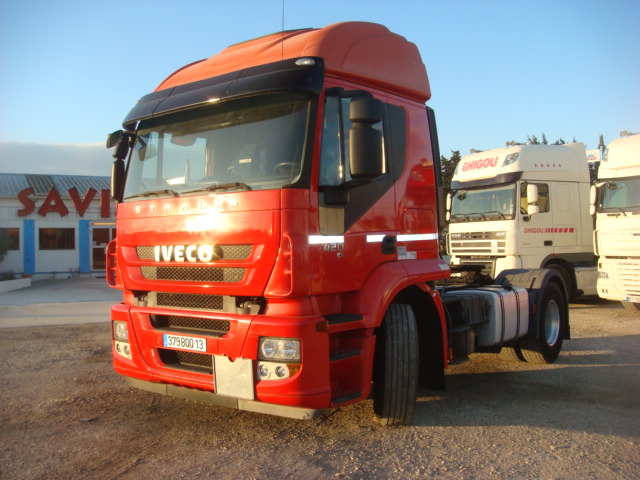 379BQQ13__IVECO_STRALIS-AT420_2008_337544kms-01