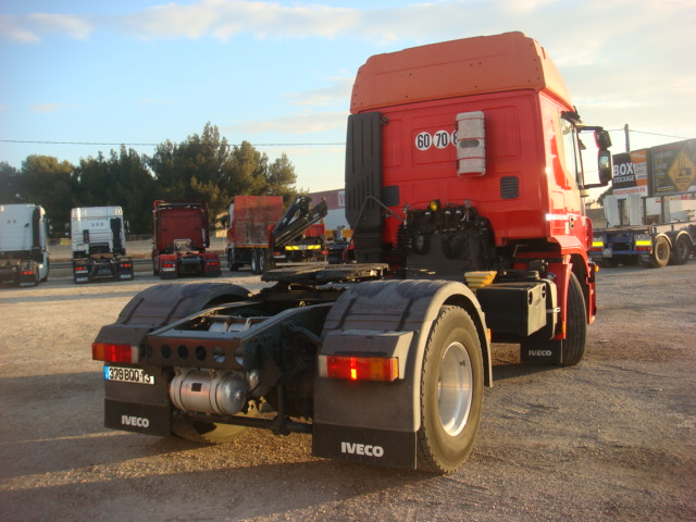 379BQQ13__IVECO_STRALIS-AT420_2008_337544kms-10